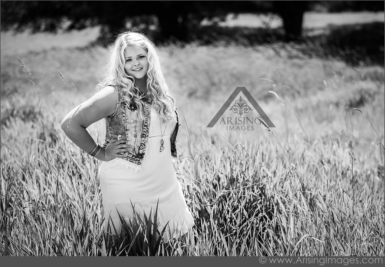 Black and white senior photos in Rochester
