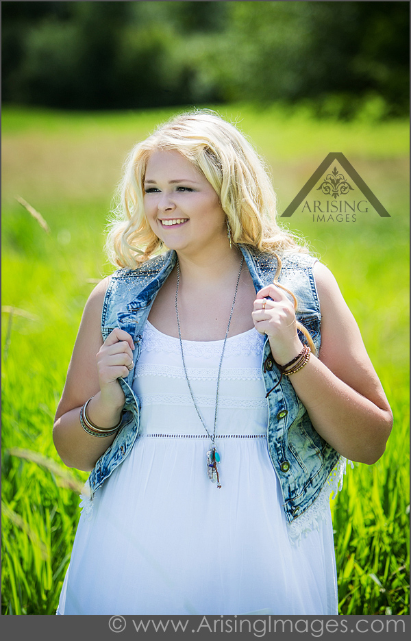 Outdoor senior photographers in Rochester