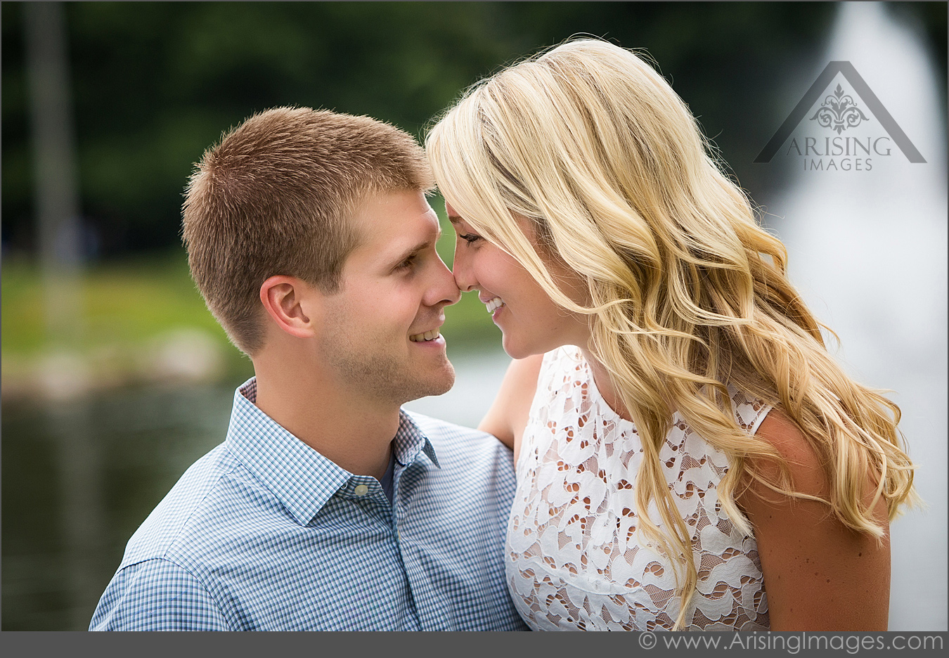 beautiful engagement pics in Rochester