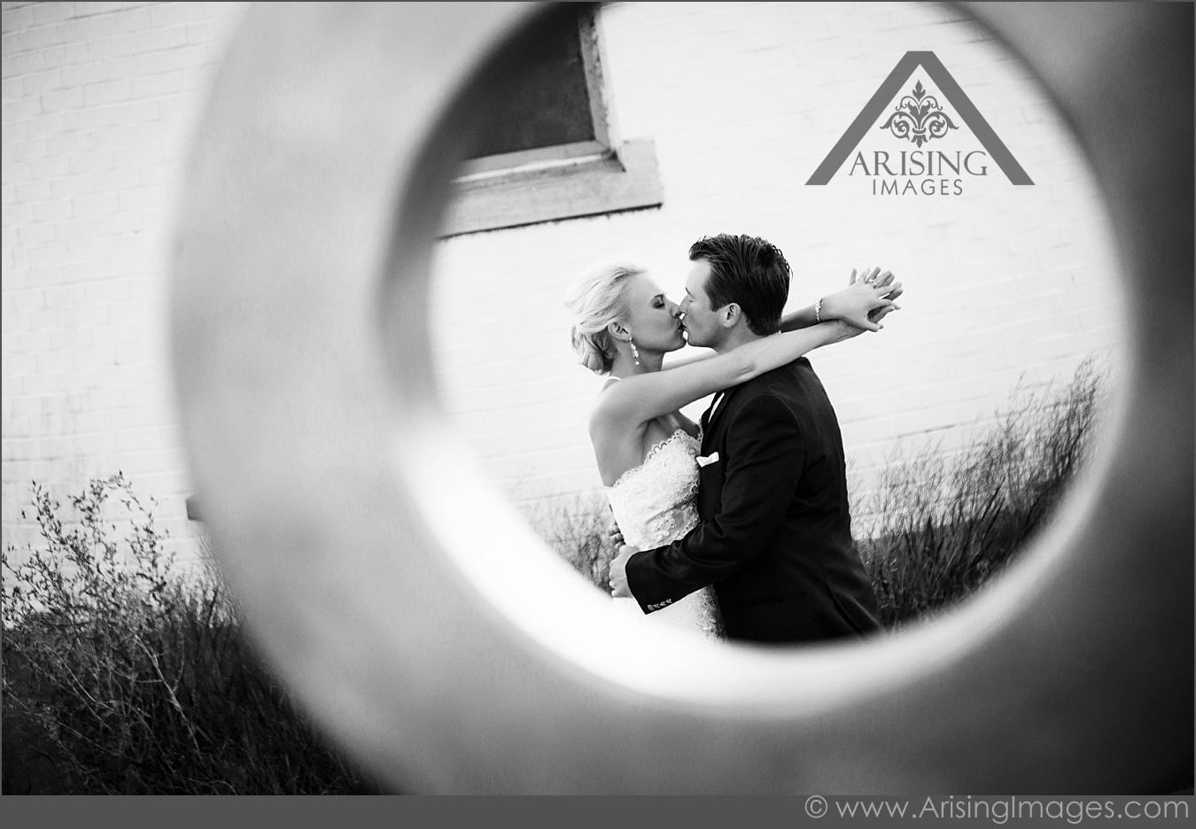 Gorgeous black and white wedding photography
