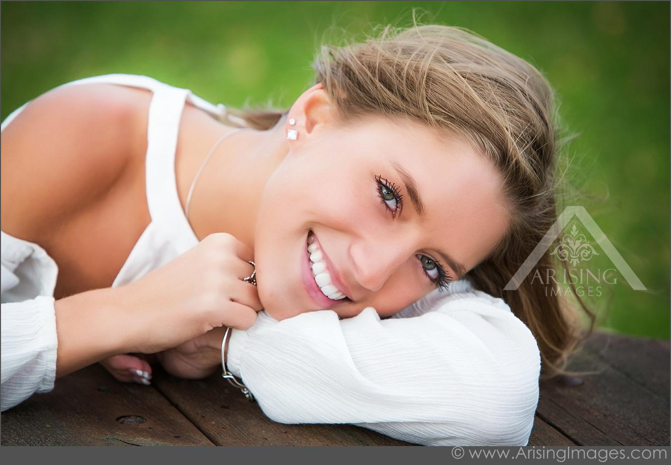 gorgeous senior photos for girls