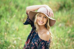 How to look Amazing in your Senior Pictures