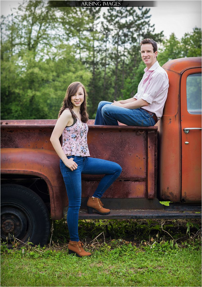 rustic summer family portraits