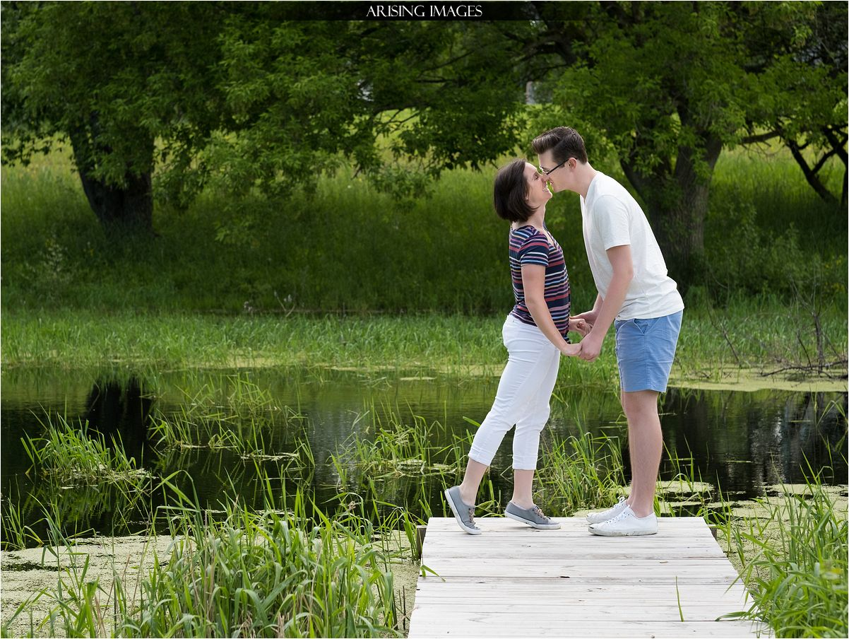 michigan summer engagement portraits